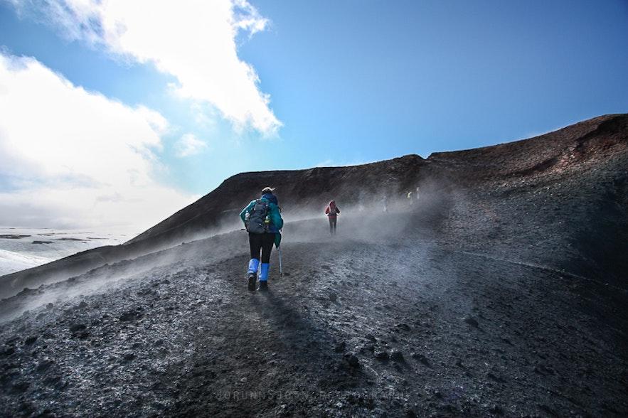 fimmvörðuháls southern Iceland