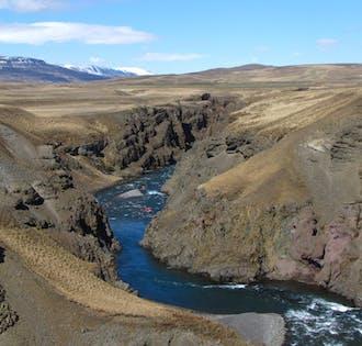 가족과의 즐거운 시간을 위한 아이슬란드 북부 래프팅 투어