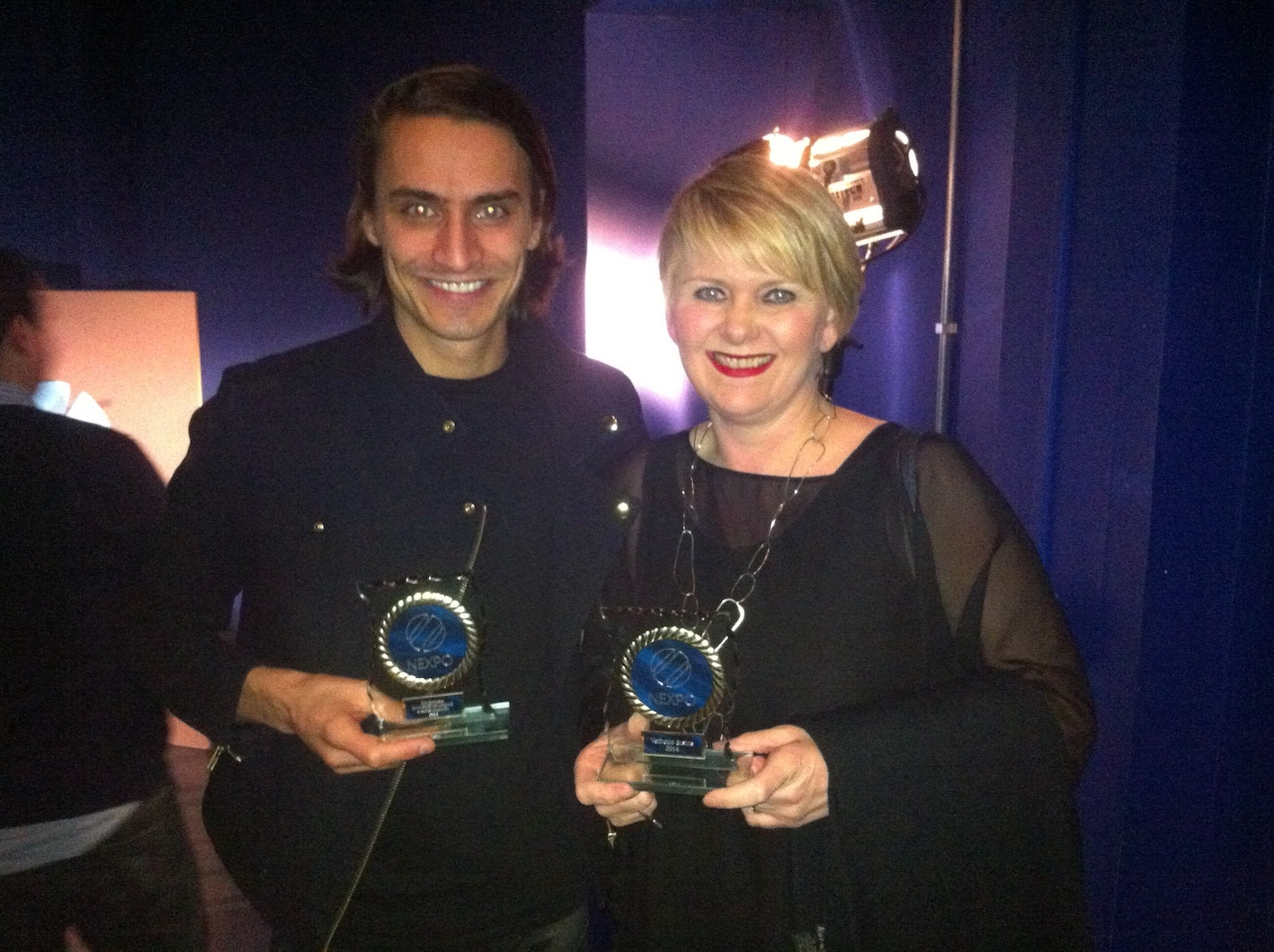 Elmar with the Minister of industry and commerce of Iceland receiving the prize for most influential company on social media 2014
