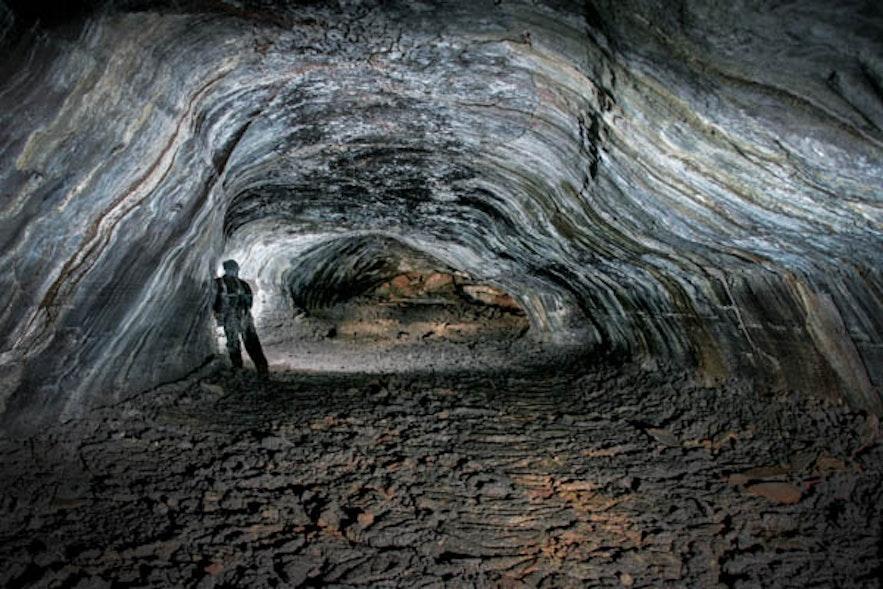 아이슬란드 레이다렌디 동굴