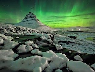Péninsule de Snaefellsnes et aurores boréales   Excursion de 2 jours