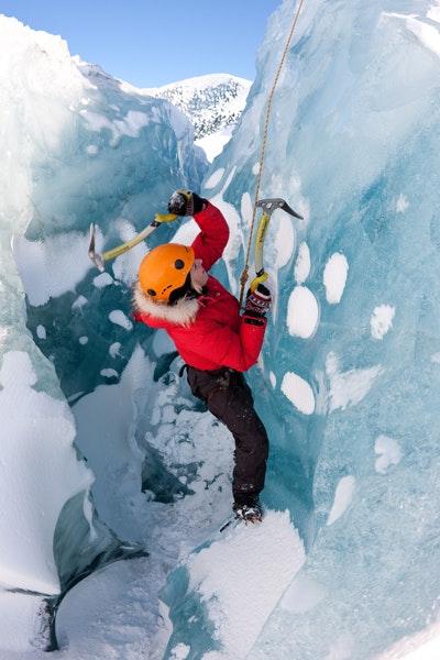 冰岛冰川徒步攀冰