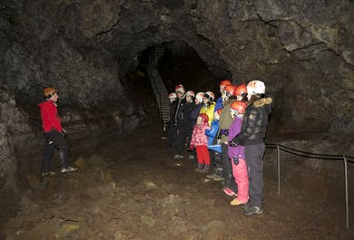 Jaskinia lawowa Vatnshellir   Półwysep Snaefellsnes