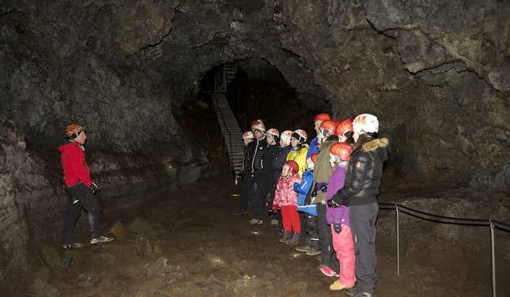 Ned i den underjordiske verden | Vatnshellir-grottevandring