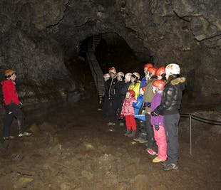 Jaskinia lawowa Vatnshellir | Półwysep Snaefellsnes