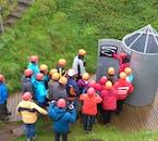 Une visite dans la grotte de Vatnshellir est parfaite pour les voyageurs qui cherchent à vivre quelque chose de vraiment unique en Islande.