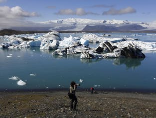 2 Day Private Tour | Jökulsárlón, South Coast & The Golden Circle