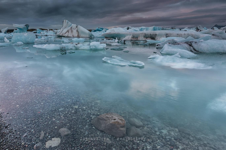 Jökulsárlón glacier lagoon in southeast Iceland