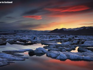 セルフドライブツアー 6日間 | ヨークルスアゥルロゥン氷河湖へ