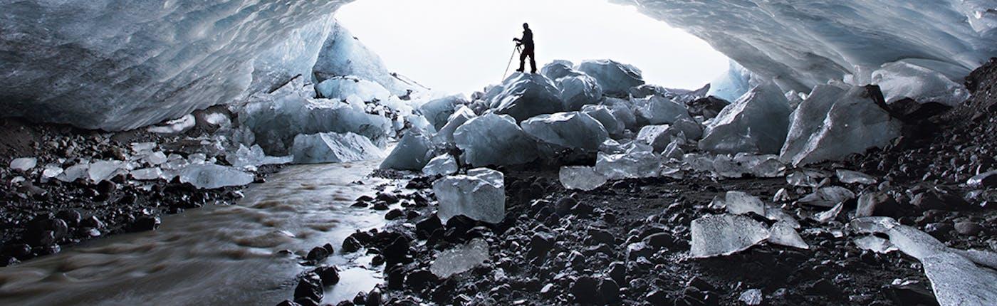 Jaskinia lodowa w lodowcu Vatnajökull