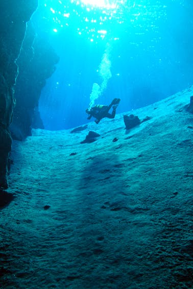 Scuba Diving in Silfra Fissure | Deep into the Blue