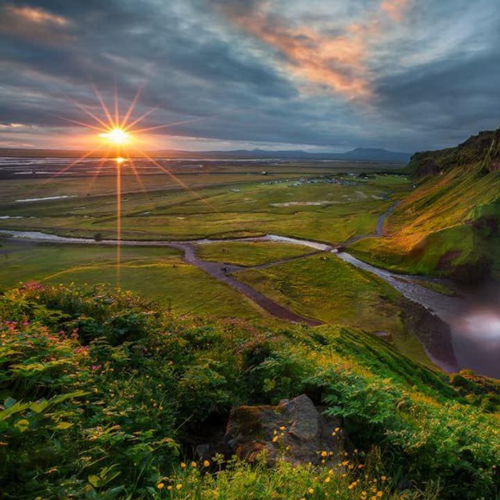 8-dniowa budżetowa, samodzielna wycieczka po całej obwodnicy Islandii i przez Złoty Krąg