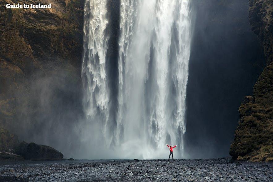 น้ำตกสโกการ์ฟอสส์ในประเทศไอซ์แลนด์