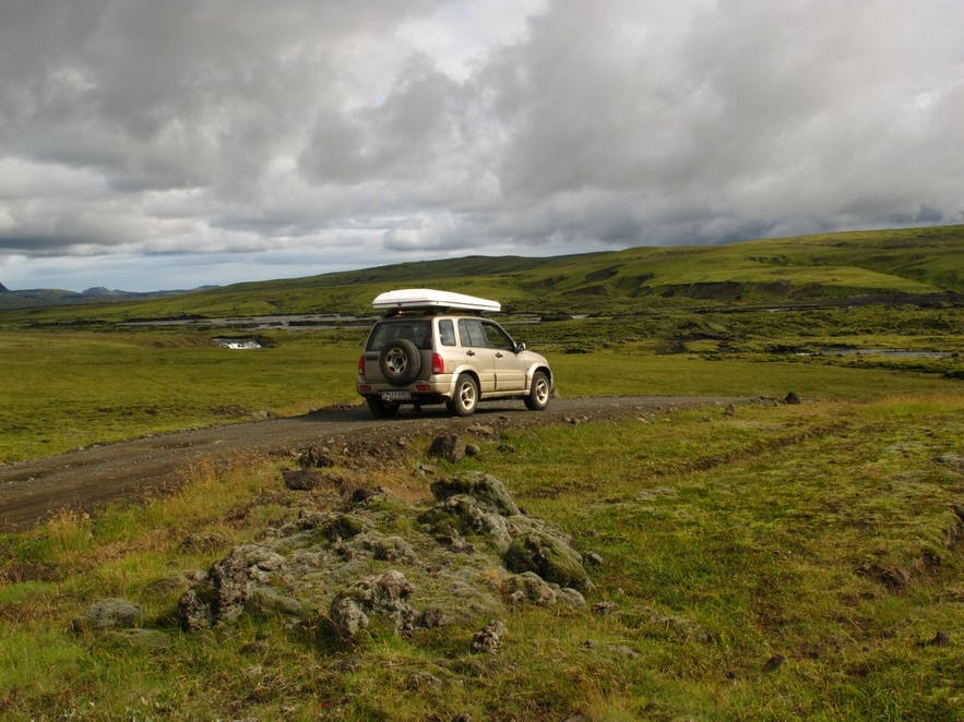 Icelandic exploration by camping car