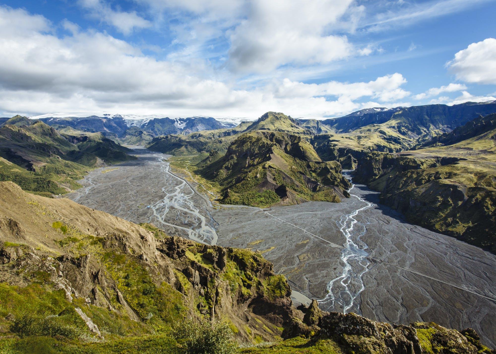 Volcano Hike over Fimmvörðuháls Pass Day Tour