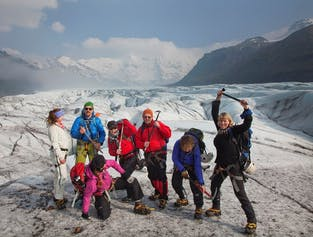 Avventura sul Ghiaccio| Trekking sul ghiacciaio a Skaftafell