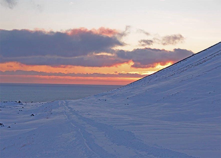 A mini expedition on Snæfellsjökull Glacier