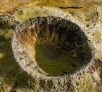 Observez des cratères énormes et lunaires d'en haut lors de votre visite en hélicoptère en Islande