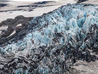 Hélicoptère au-dessus de volcans et glaciers
