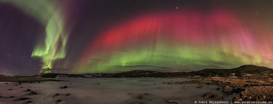 아이슬란드의 다채로운 오로라