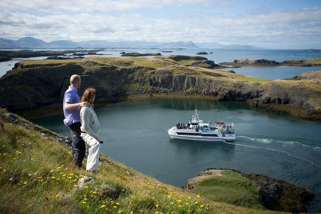 2-godzinny rejs łodzią wraz z próbowaniem owoców morza w Breidafjordur i transferem ze Stykkisholmur