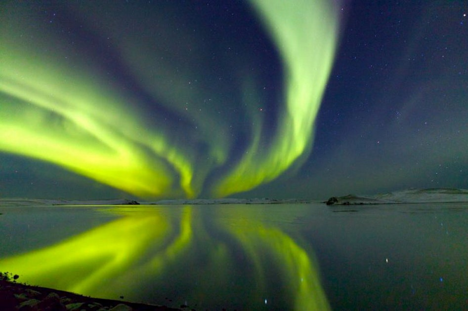 5 day tour northern lights holiday by lake myvatn. Black Bedroom Furniture Sets. Home Design Ideas