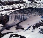 Dettifoss Wasserfall & Ásbyrgi-Schlucht   ab Akureyri