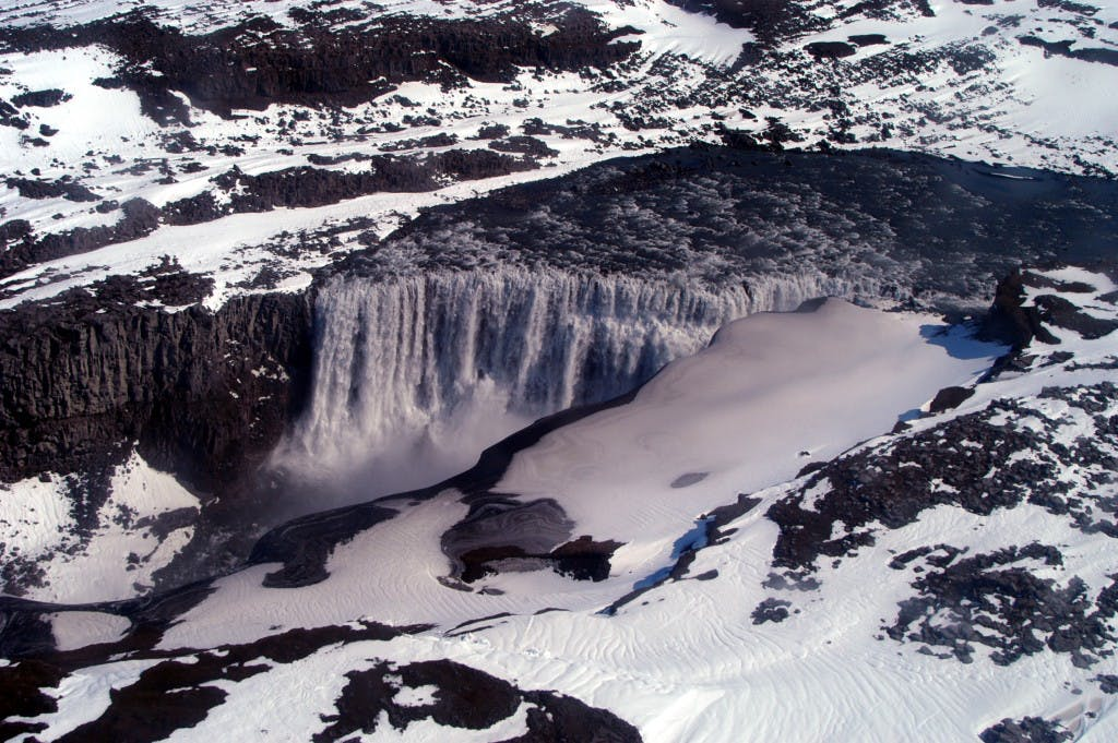 Dettifoss Waterfall & Asbyrgi Canyon Tour from Akureyri