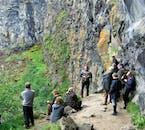 アゥスビルギ渓谷の崖にはアイスランドの妖精が住んでいるらしい