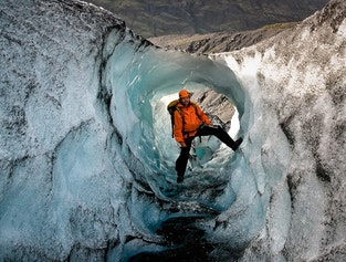 South Coast, glacier hike, waterfalls & black sand beach | Easy difficulty