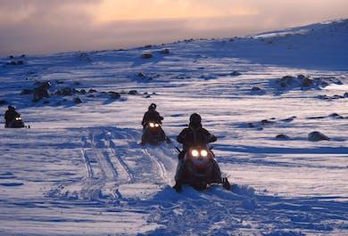 Excursion Motoneige sur le glacier Mýrdalsjökull - Sud de l'Islande