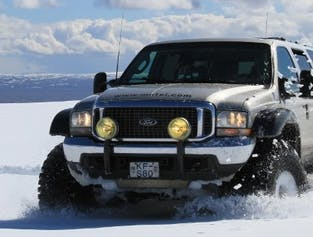 Private Jeep tour on a fully modified Ford Excursion