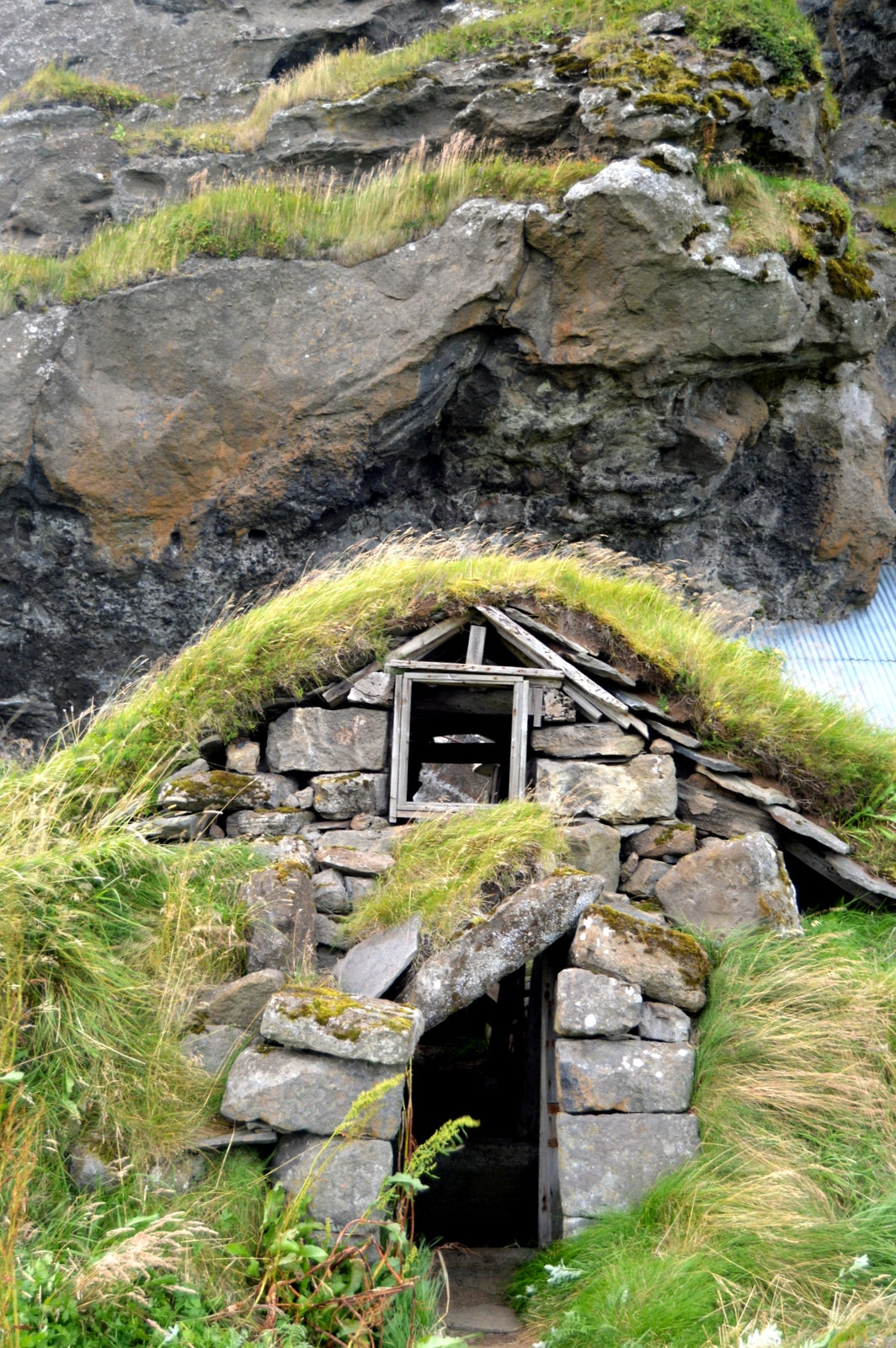Drangshlíð Rock and the Elves in South-Iceland
