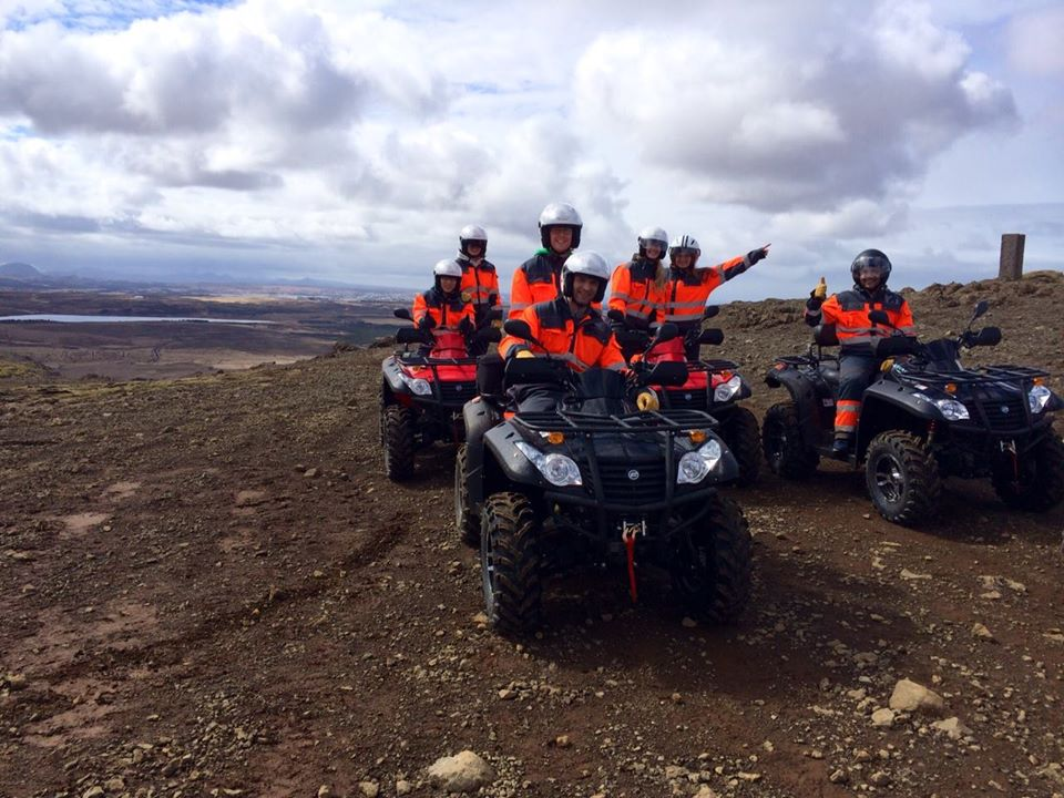 小越野摩托车_风驰电掣 - 雷克雅未克越野山地摩托车体验   Guide to Iceland