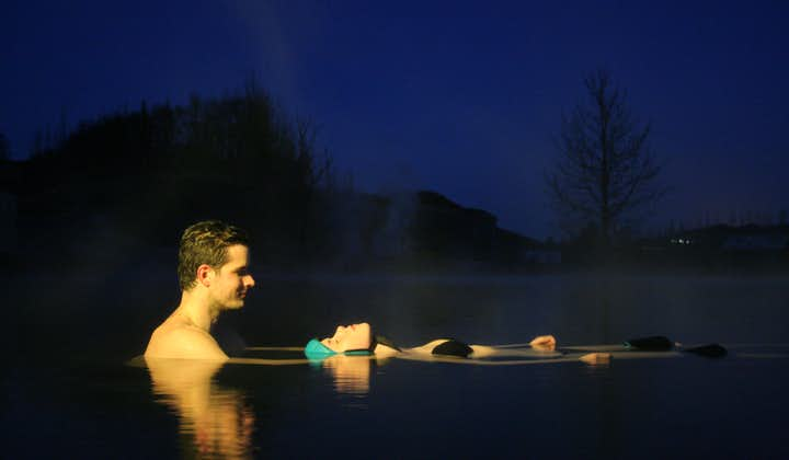Relaxing 6 Hour Secret Lagoon Day Tour with Aurora Floating & Food Tasting