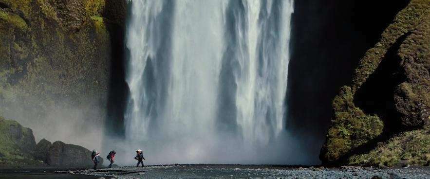 スコゥガフォスの滝でも撮影