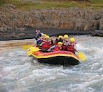 Bien que la rivière soit connue et calme, vous devrez toujours pagayer selon les instructions de votre guide.