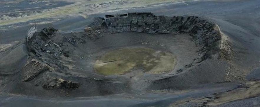 Der Krater Hrossaborg im Film Oblivion