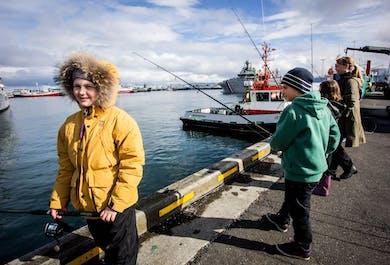 釣り竿レンタル|レイキャビク・オールドハーバー