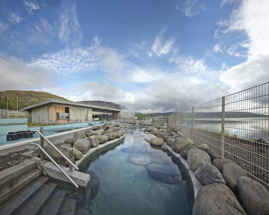 De geotermiske bade ved Laugarvatn Fontana