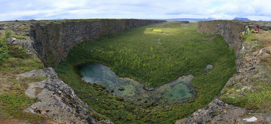 Ásbyrgi-canyon in Noord-IJsland