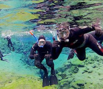 Snorkeling à Silfra et visite de Geysir, Gullfoss et Thingvellir