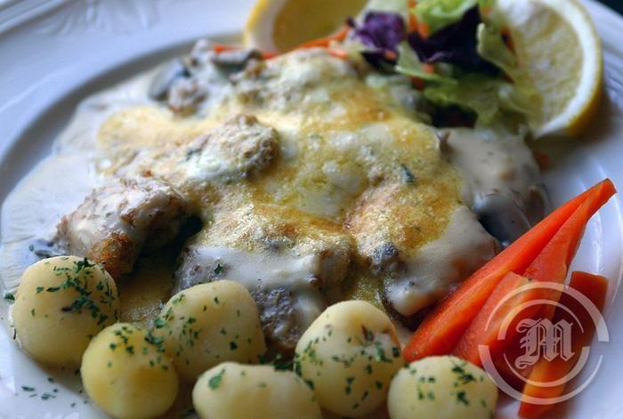 Gellur au gratin, at Þrír Frakkar restaurant