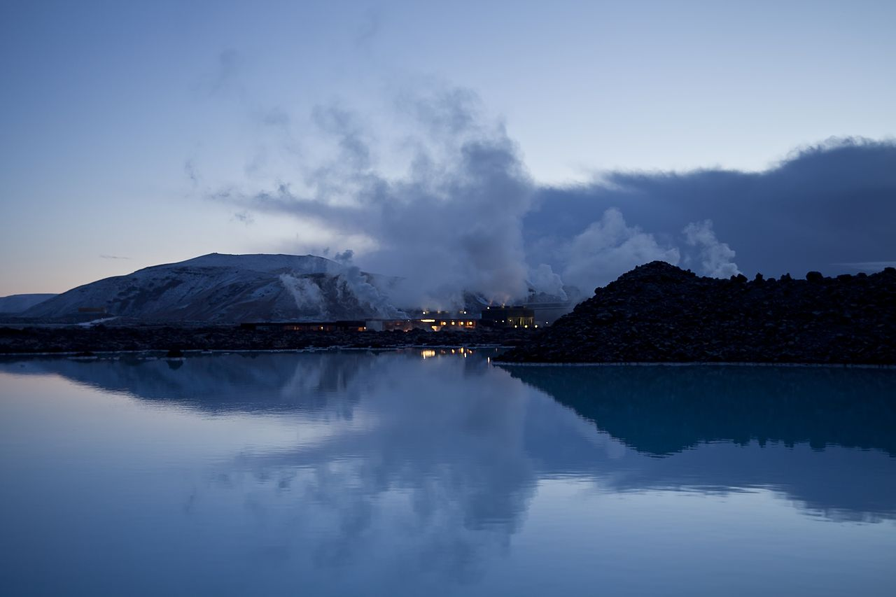 La península de Reykjanes es un país de maravillas volcánicas de una belleza impresionante.