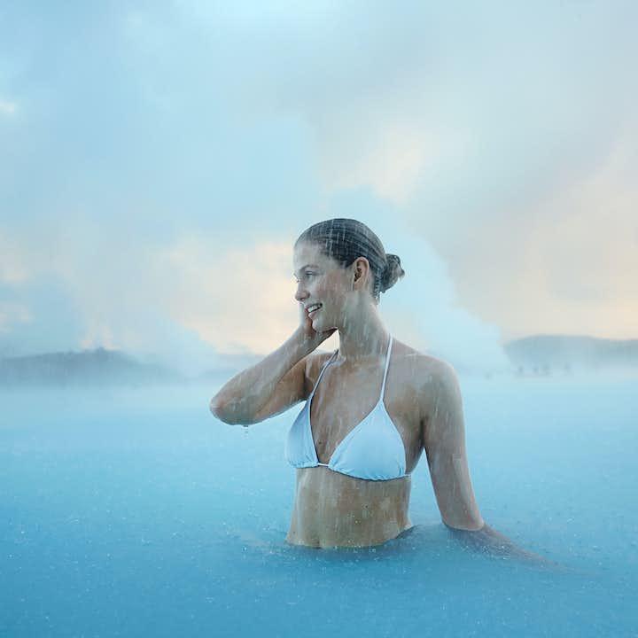 蓝湖温泉往返巴士| 起点首都雷克雅未克,返程终点可选首都或冰岛国际机场