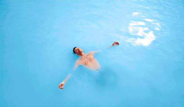 蓝湖大巴:冰岛国际机场-蓝湖-雷克雅未克