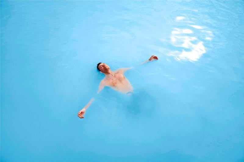 No conoces la relajación hasta que te has relajado en la Laguna Azul.