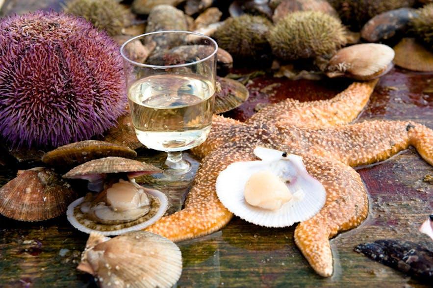 参加维京寿司船游将品尝到最新鲜的海鲜