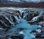 Islandia pełna jest wodospadów o różnej wielkości i kształtach.