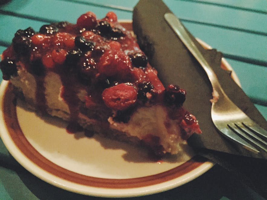 冰岛首都雷克雅未克咖啡馆Tiu Dropar芝士蛋糕